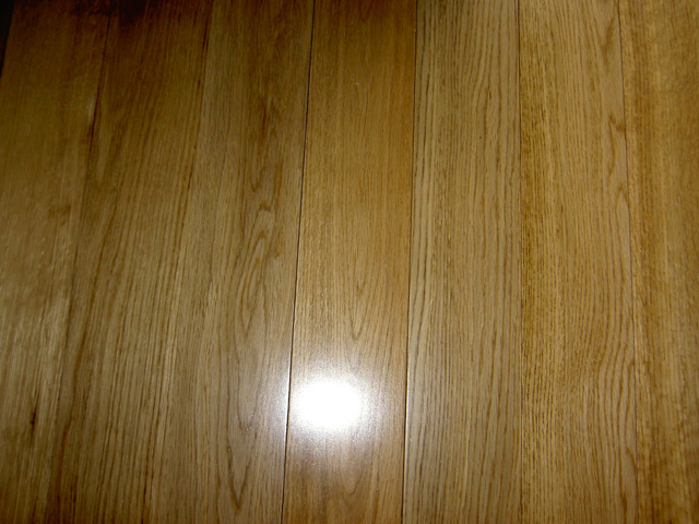 Oak solid floor